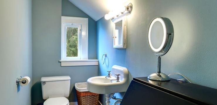 Aprenda como decorar um banheiro pequeno com estilo
