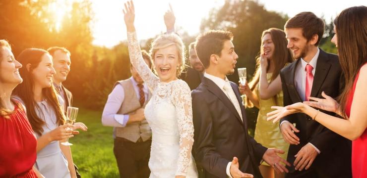 Vai casar em 2017? Conheça as tendências de vestidos de noiva!